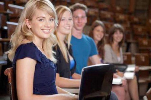 Kedves Egyetemisták, Főiskolások!