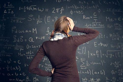 Kezdődik a tanév! – Gondoljon már most a fizika és matematika vizsgákra!
