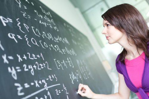 Matematika korrepetálás Budapesten: javítsunk együtt a féléves eredményeden!
